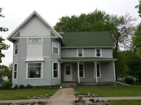 202 6th ave n fargo nd 58102 realtor 174