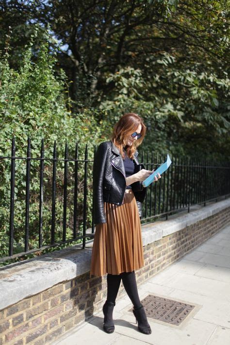 50 ways to style a pleated skirt closetful of clothes