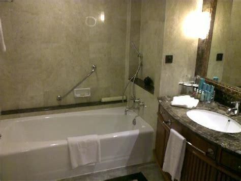 shangri la bathroom master toilet picture of shangri la hotel jakarta