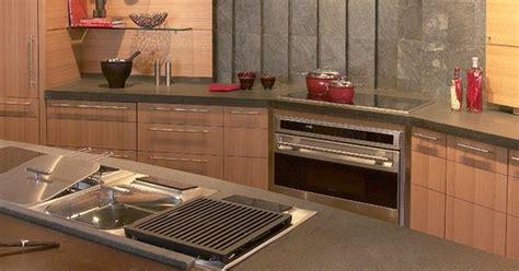 kitchen counter  built  griddle deep fryer steamer