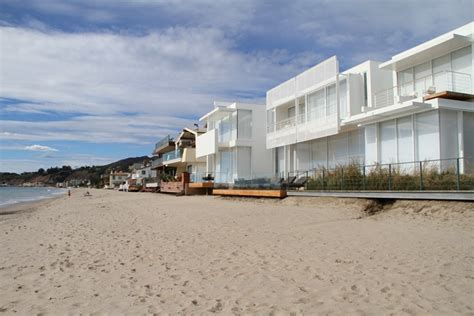 beach side houses for sale carbon beach malibu homes for sale beach cities real estate
