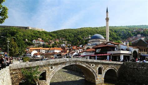 Oleh Oleh Gantungan Kunci Terbaru Negara Italia inilah 4 hal unik dari tradisi ramadan di kosovo negara muslim di eropa boombastis portal