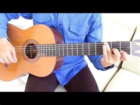 tutorial gitar maudy ayunda belajar kunci gitar maudy ayunda perahu kertas intro youtube