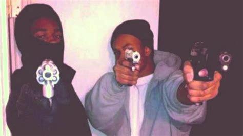 BOSSTOP (OBLOCK) - 300 SHOTS [FBG, BRICKSQUAD DISS] - YouTube O Block Gang Sign
