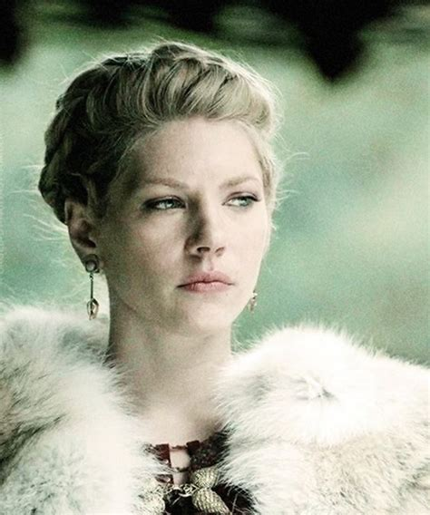 katheryn winnick vikings hair lagertha katheryn winnick vikings that woman is awesome