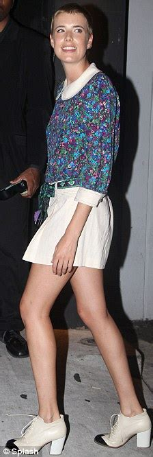 Before She Was Aygness Deyn She Was From The Chip Shop by Agyness Deyn Looks Like A Big In A Blouse As She