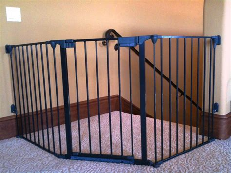 best baby gate for top of stairs with banister the best baby gate for top of stairs design that you must apply homesfeed best gate