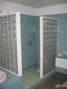 davaus net salle de bain moderne avec avec des