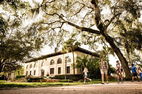 Rollins Mba Ranking 2014 by The Sandspur Rollins Is A Business Not A School The