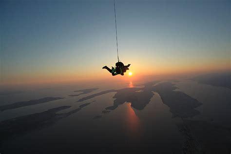 sky dive skydiving zadar tandem jump adv