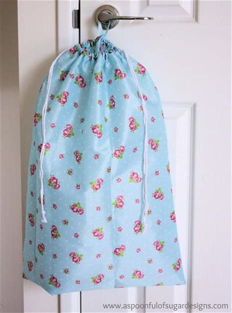 free pattern drawstring bag how to make a drawstring bag tutorials and drawstring bag