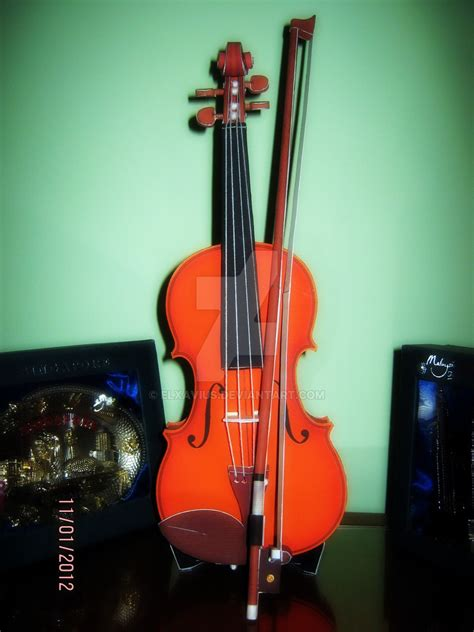 Violin Papercraft - violin papercraft by elxavius on deviantart