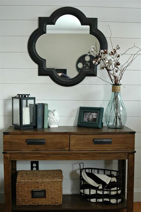 Entrance Table Decor Best 25 Foyer Table Decor Ideas On Pinterest Console Table Decor Entrance Decor And Entryway