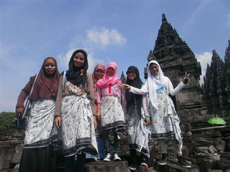 Celana Kain Begi traveling ince rahmayanti