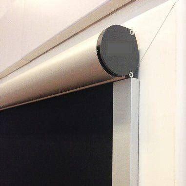 elektrische plisse gordijnen van velux raamdecoratie voor draai kiep ramen
