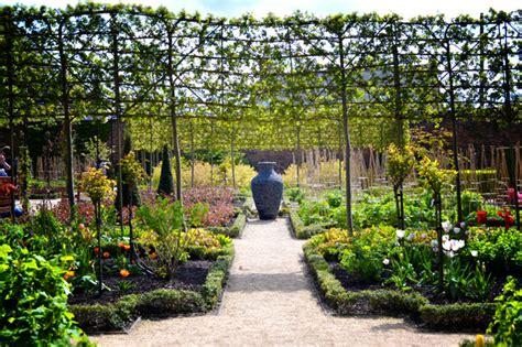garten zierpflanze alnwick gardens in pictures