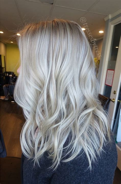 pictures of white hair with highlights 25 best ideas about white blonde highlights on pinterest