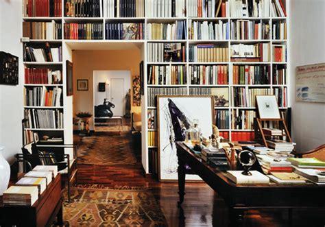 libri design interni libri nelle stanze livingcorriere