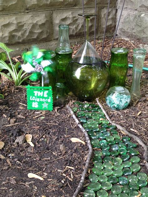 Emerald City Garden by 1000 Images About All Things On Fairies