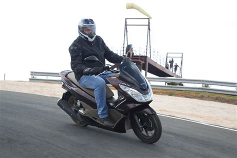 Pcx 2018 Velocidade by Teste Honda Pcx 150 Dlx Motomovimento