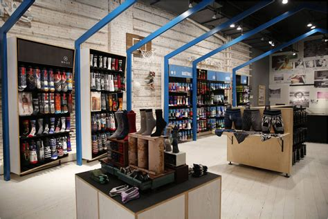 new york knitting stores soho s brand new sock shop is endorsed by rihanna and the