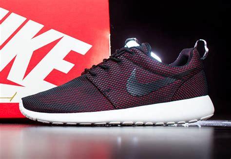 Adidas Running Replika team roshe visits the nike cus gets its own pe colorway sneakernews