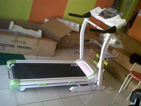 Papan Fitness treadmill elektrik 3 fungsi papan lari listrik jaco fitness pelangsing fit alat olahraga