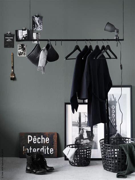 Plafond Livet A by Hack Stoer Kledingrek Voor Aan Het Plafond Roomed
