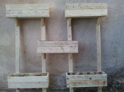Pallet Wall Planter by Diy Pallet Wall Planters 99 Pallets