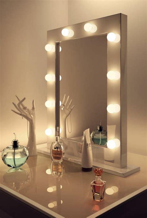 makeup mirror with lights around it la table de maquillage pour votre coin de beaut 233