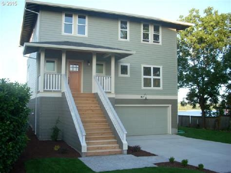 Houses For Sale St Helens Oregon by 434 2nd St Helens Or 97051 Home For Sale And