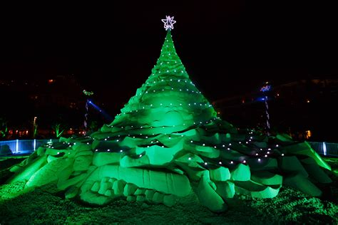 palm beach tree lighting 2017 2017 south florida holiday events guide from modern boca mom