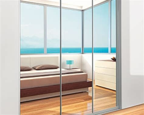 Sliding Wardrobe Doors Perth by Glass And Mirror Sliding Doors Wardrobe World Perth