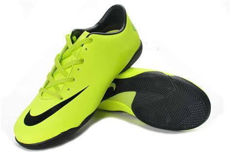 Sepatu Futsal Nike Biasa sepatu futsal nike infosepatunike