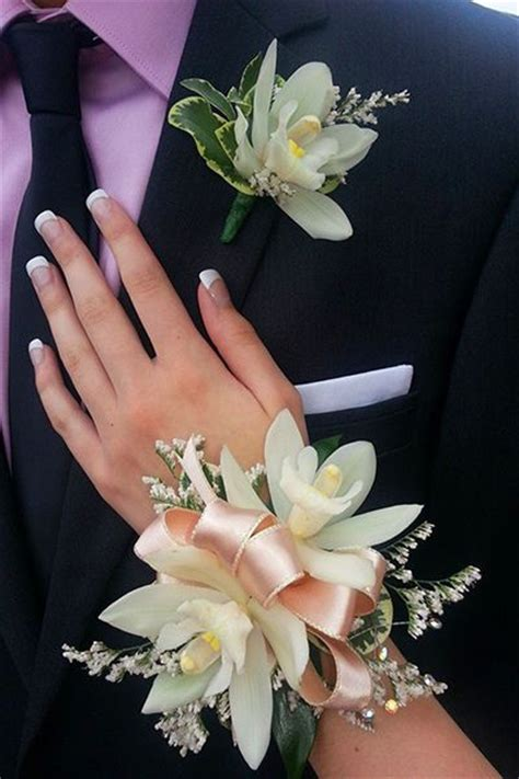 101 wrist corsages ideas for debs prom nicky pinterest