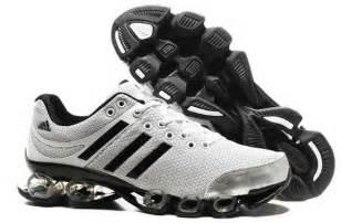 Sepatu Adidas Lucas Puig jenis adidas gazelle