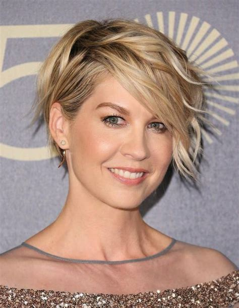 flattering plus size hairstyles hairstyles for oval faces the most flattering cuts