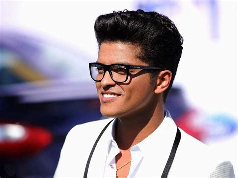 biography de bruno mars en ingles bruno mars reportedly asked to perform super bowl 50