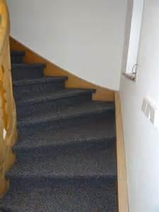 treppenbelag teppich teppich kugelgarn