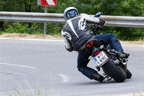 Motorrad Fu Rasten Tieferlegung schmalere fu 223 rasten yamaha mt 07 umbauten yamaha