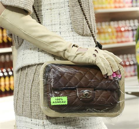 The Chanel Handbags For This Fall by Chanel S Fall 2014 Bags Were As Fantastically As We