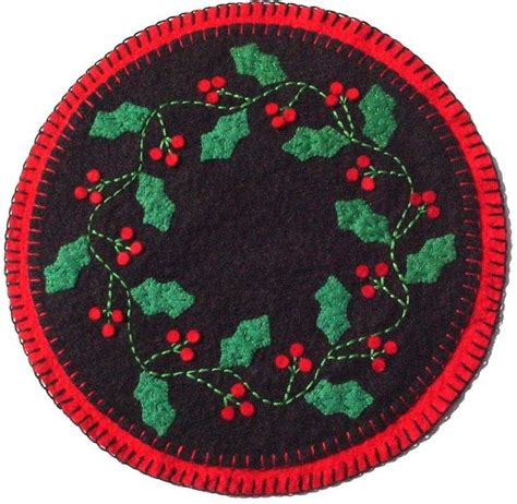 Christmas Tree Mat Pattern   pattern for a penny rug style wool felt quot quot holly berry