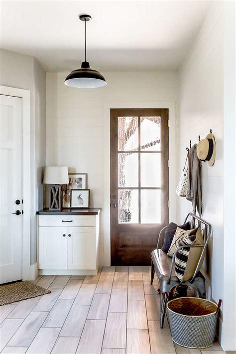timber frame home  farmhouse inspired interiors home bunch interior design ideas