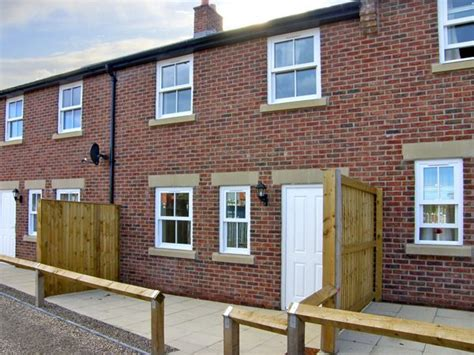 Cottages In Whitby Friendly by Clickety Clack Cottage Family Friendly In Whitby