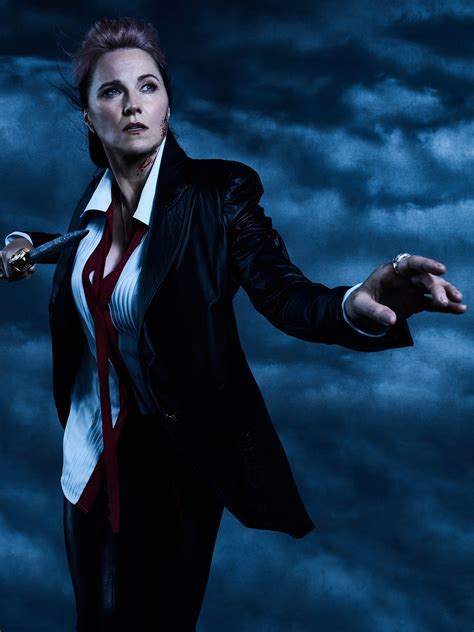 lucy lawless music ash vs evil dead season 2 lucy lawless on topping season