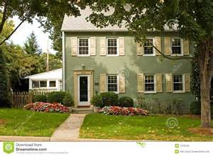 maison verte de brique photo stock image 1278720