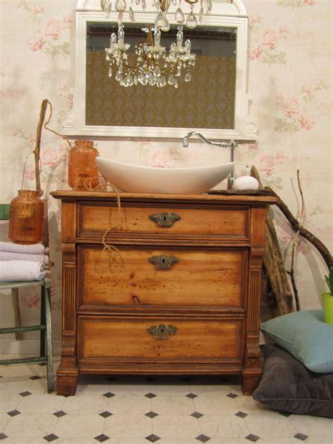 waschtisch holz rustikal grafffit