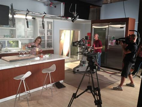 giada de laurentiis kitchen love   colors
