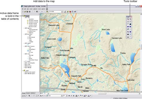 arcgis layout view data view arcgis desktop help 9 2 an overview of arcmap