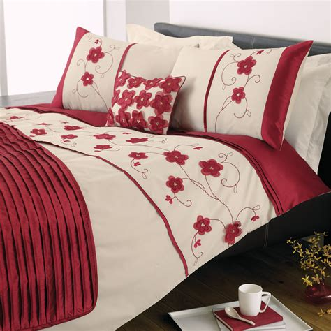 macy bedding dreams n drapes macy bedding set in red next day
